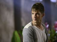 Amor proibido pode ser mortal: trailer e fotos do 8º episódio de Star-Crossed