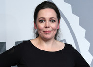 The Crown: Olivia Colman é escalada como Rainha Elizabeth II nas temporadas 3 e 4