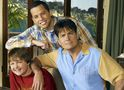 Charlie Sheen sugere reboot de Two And A Half Men para o lugar da cancelada Roseanne