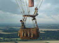 The Aeronauts: foto do novo filme com Eddie Redmayne e Felicity Jones