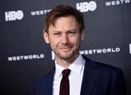 Our Lady, LTD: Jimmi Simpson, de Westworld, protagonizará série com Ben Kingsley
