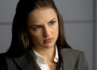 Criminal Minds: Rachael Leigh Cook será interesse amoroso de [SPOILER] na temporada final