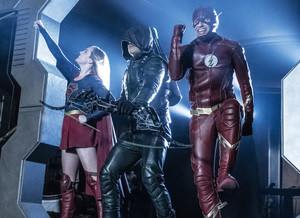 Legends of Tomorrow: hora do show no final da 4ª temporada (trailer e fotos)