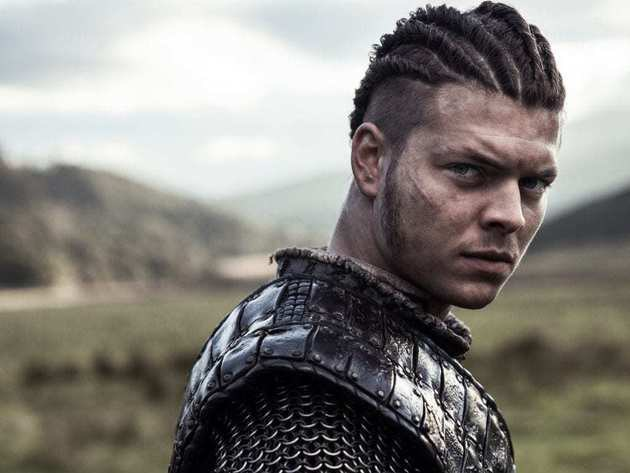 Vikings: Ivar está cercado de ameaças no trailer do episódio 5x12